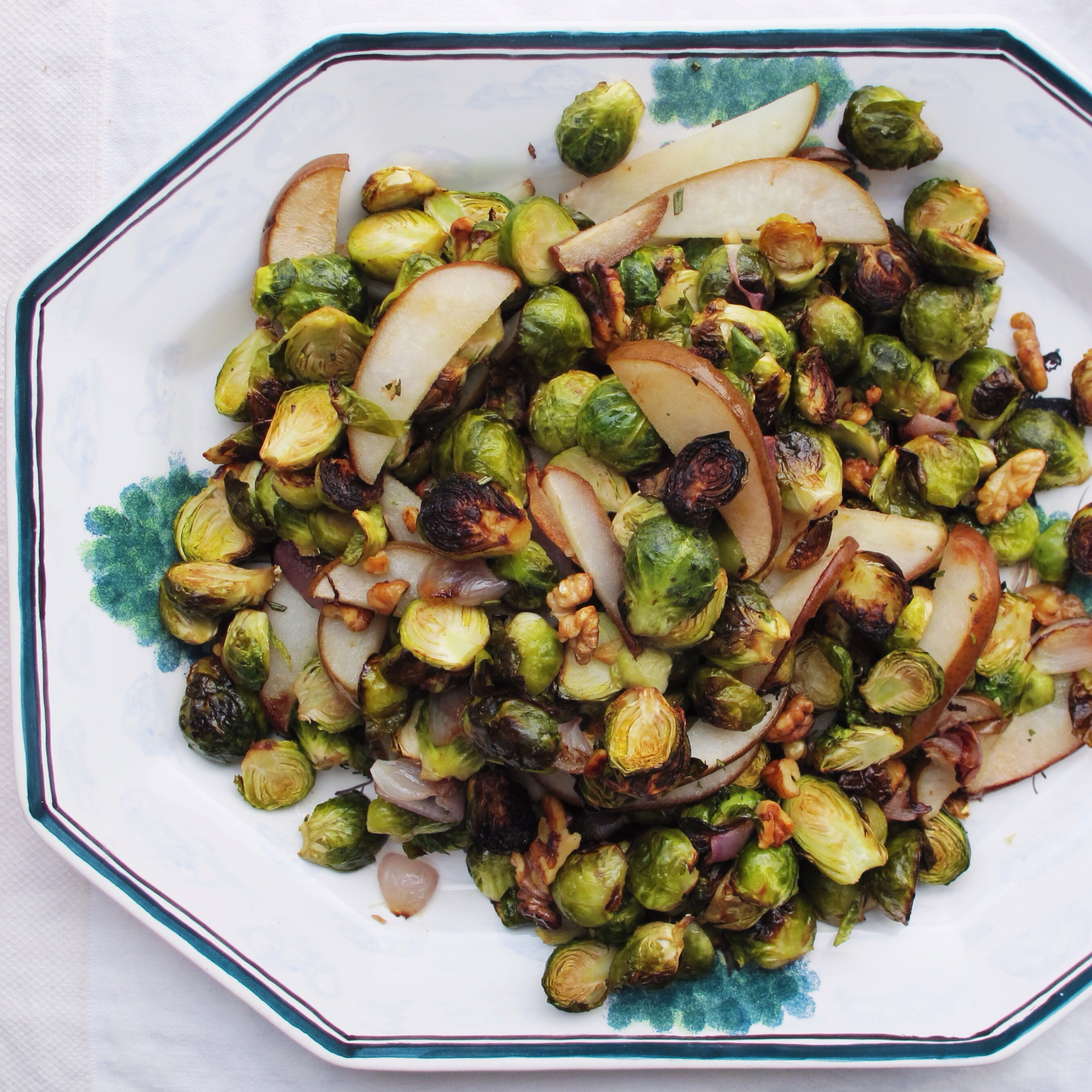 Roasted Brussels Sprouts & Pears, vegan // inmybowl.com