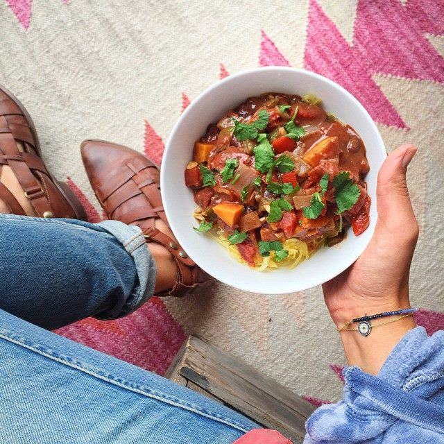 Super Bowl Vegan Chili with black beans, fire roasted tomato & sweet potato // inmybowl.com