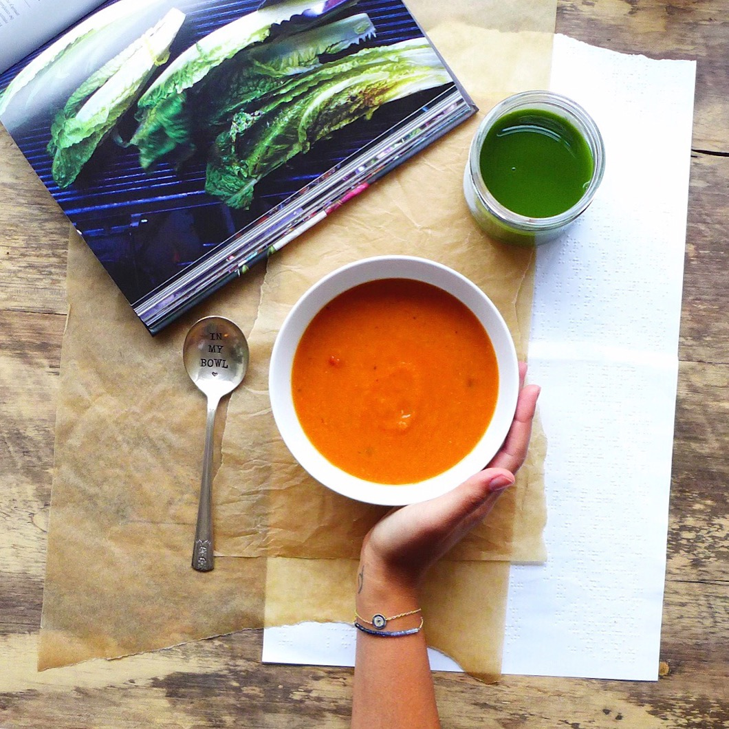 Chunky Tomato and [So Many Vegetables] Soup, #vegan // inmybowl.com