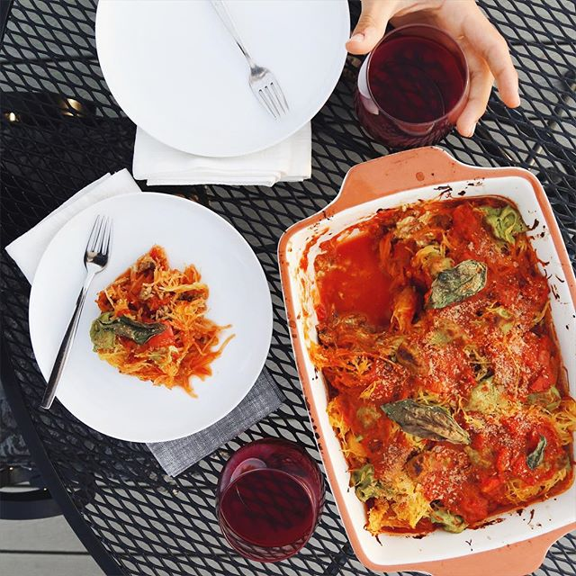 Super Bowl Recipe Roundup: Fire Roasted Tomato Basil Spaghetti Squash Bake Vegan Recipe // inmybowl.com