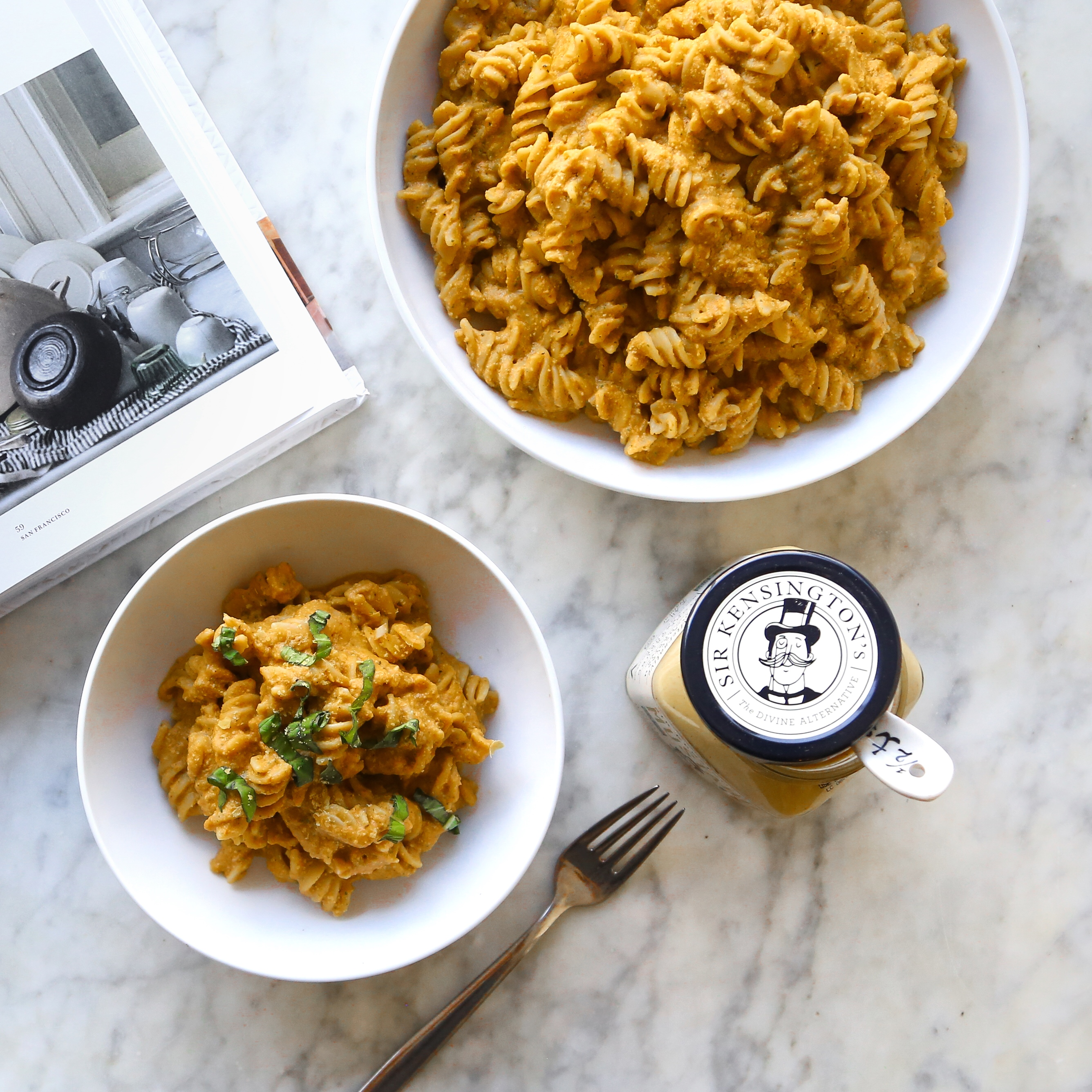 Super Bowl Recipe Roundup: Vegan Creamy Pumpkin Pasta Sauce recipe with cashews, cinnamon & nutmeg + top plant based + vegan thanksgiving recipe ideas // inmybowl.com