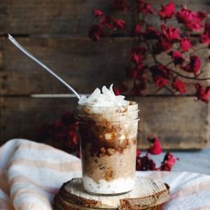 Overnight Oats Pots with Chocolate and Coconut