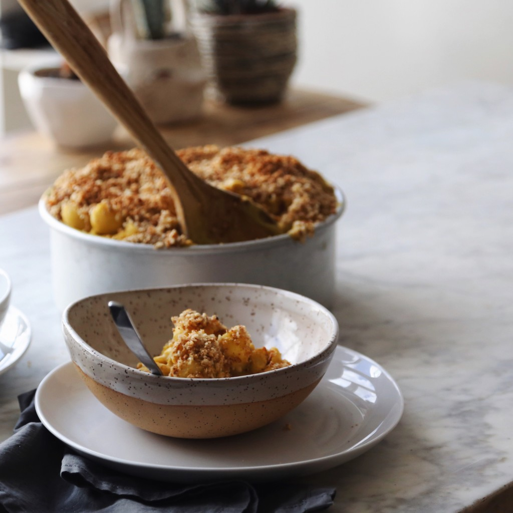 Baked Butternut Squash Mac N' 'Cheese' with Hazelnut Cinnamon Crumble, vegan + plant based recipe // inmybowl.com