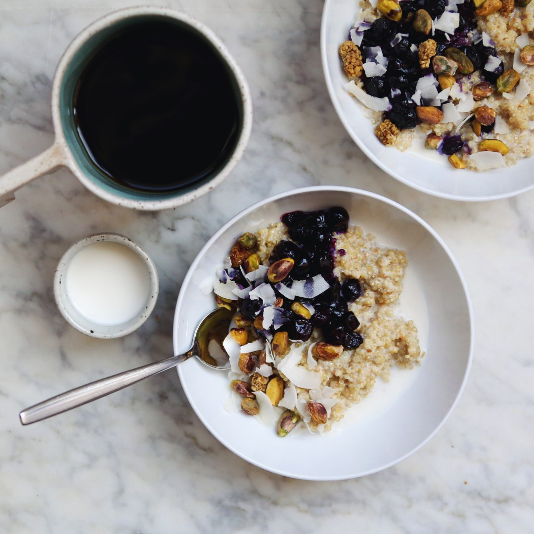 Creamy Quinoa Porridge with Blueberry Compote - vegan + passover friendly // inmybowl.com