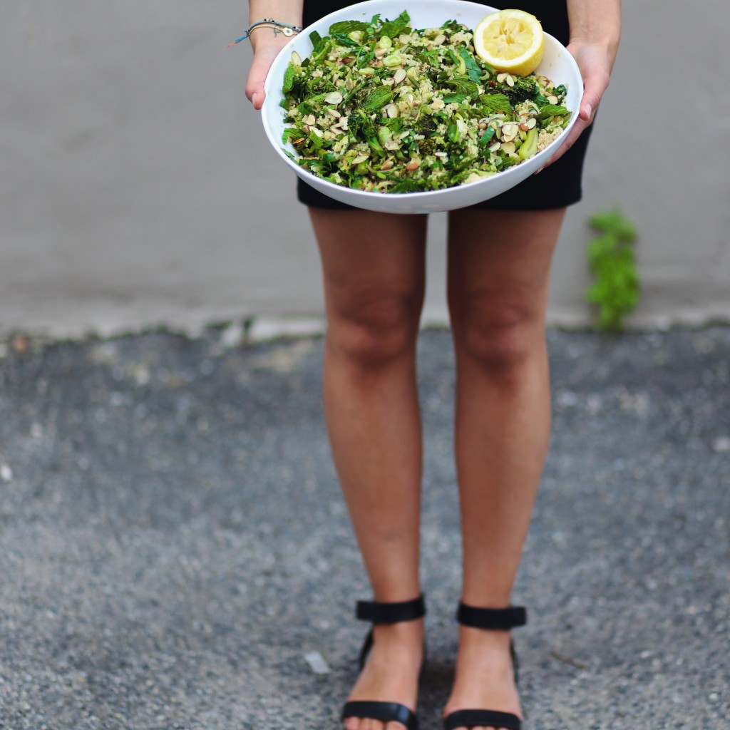 Mediterranean Herbed Green Quinoa Salad - plant based herby quinoa salad with mint, dill, broccolette, and lemon - inmybowl.com