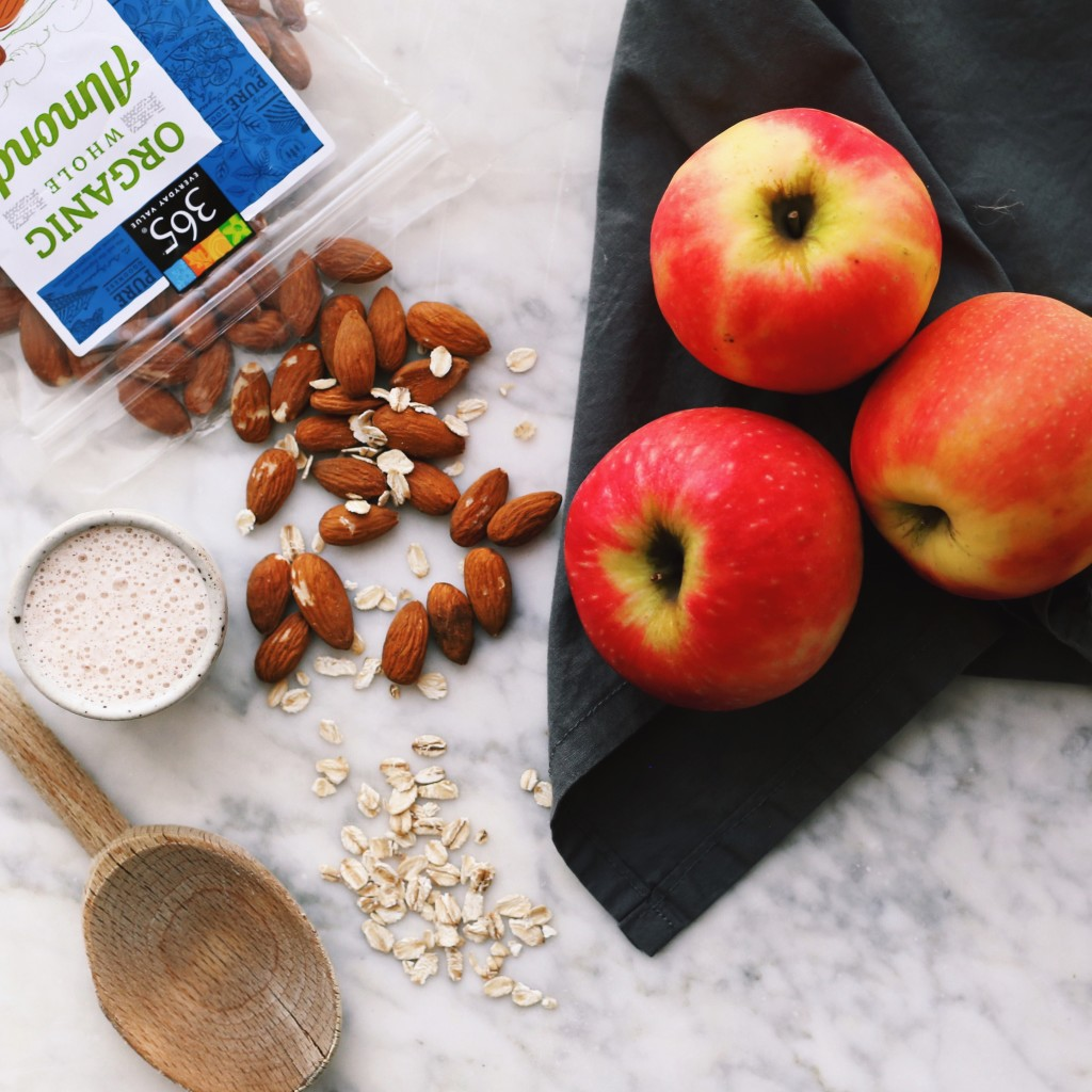 baked apple overnight oats recipe - plant based + vegan // Alexandra Tallulah, inmybowl.com