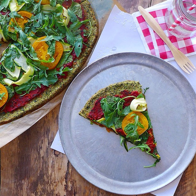 Green Pizza with Cauliflower Kale Crust