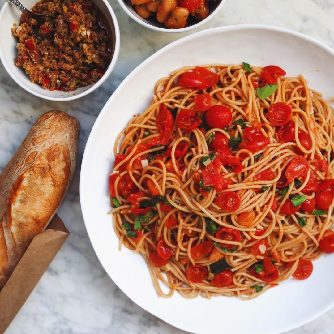 Summer Spaghetti Pomodoro In My Bowl